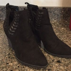 Carlos ankle boots
